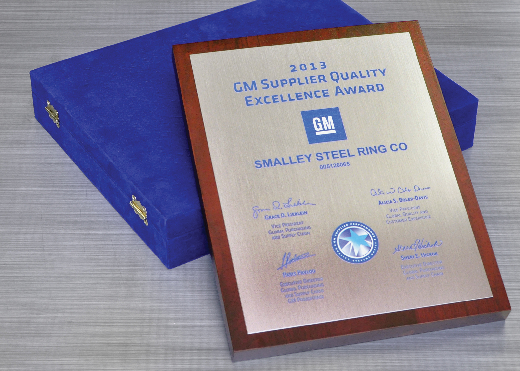 Smalley Awarded Gm Supplier Quality Excellence Award Smalley